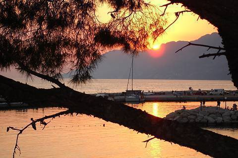 FOTKA - Západ slunce ... (Baška Voda-Chorvatsko) 1