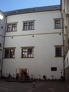 FOTKA - Pardubice - nádvoří zámku..