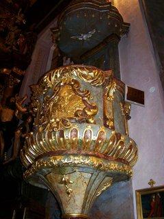 FOTKA - Noc kostel�, Kunratice - kostel Sv. Jakuba V�t�i�ho, star� kazatelna