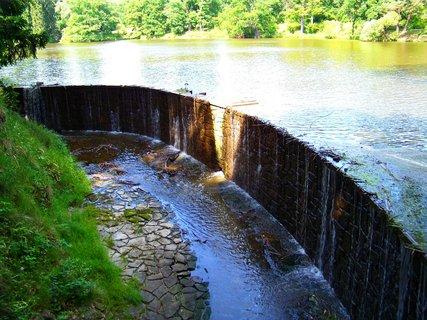 FOTKA - dnešní cyklistika, 29.5., splav u průhonického rybníka