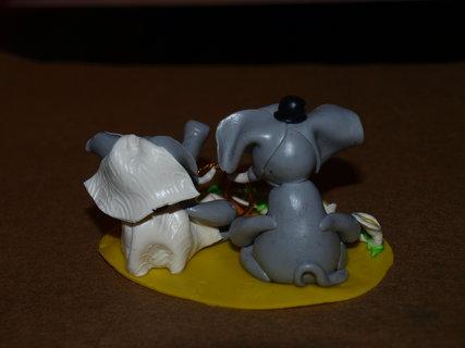 FOTKA - Svatební sloníci ze zadu