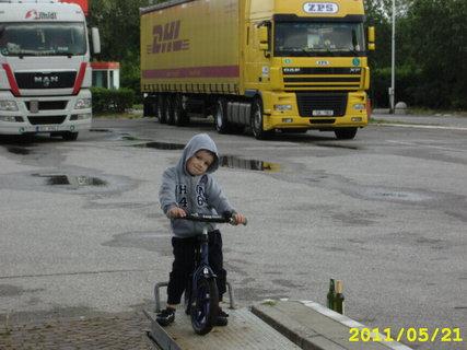 FOTKA - Tomik v Italii 1