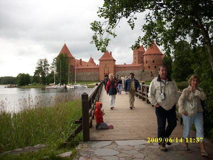 FOTKA - Litva - k hradu v Trakai