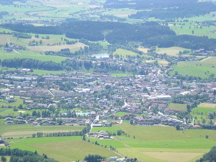FOTKA - Pohled na Saalfelden a Ritzensee