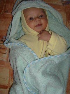 FOTKA - syn od neteře - to je dobře po koupeli