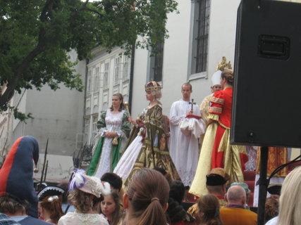 FOTKA - V bratislave korunovali Máriu Teréziu...