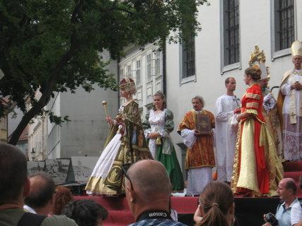 FOTKA - korunovačné slávnosti v Bratislave