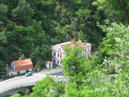 FOTKA - Pohled z hradeb Křivoklátu