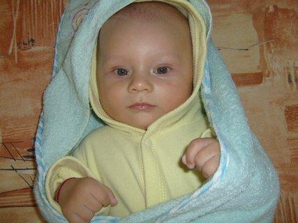 FOTKA - syn od neteře.,.,