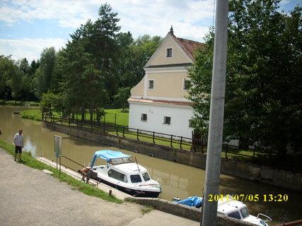 FOTKA - Batˇův kanál, přístaviště Strážnice