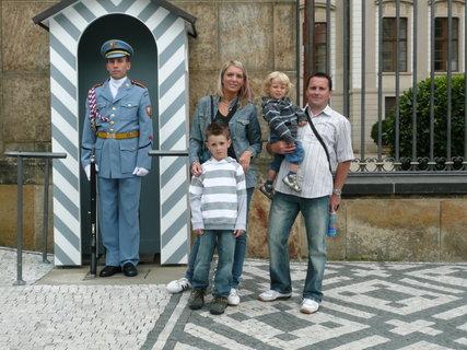 FOTKA - Pražský hrad - u stráže