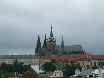 FOTKA - Praha - pohled na hrad z Karlova mostu
