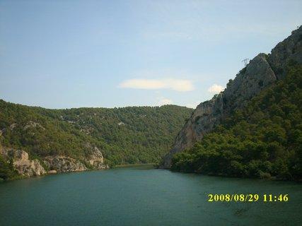 FOTKA - 2008 Chorvatsko - do  Národního parku KRKA