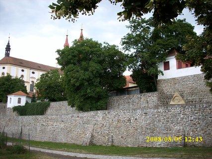 FOTKA - Kadaň u hradeb