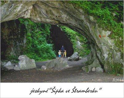 FOTKA - �ivot Neandrt�lc� - jeskyn� �ipka ve �tramberku
