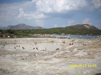 FOTKA - Ostrov Vulkáno - sirné lázně Sicílie 2009
