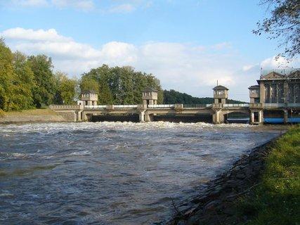 FOTKA - Vodní elektrárna........