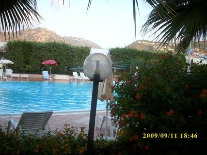 FOTKA - 2009 Sicílie - Brolo 1