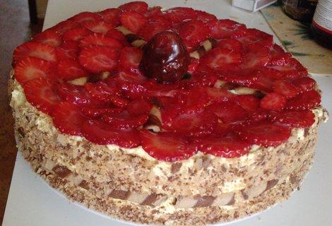 FOTKA - dort  jahodový