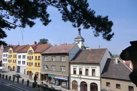 FOTKA - Domy v Arnoštově ulici