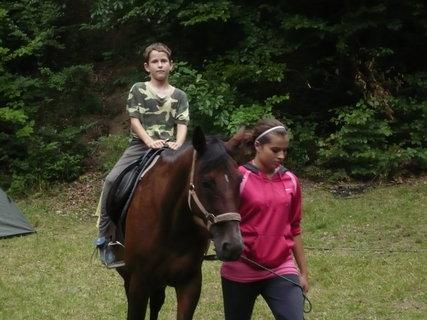 FOTKA - Dominik na koníkovi