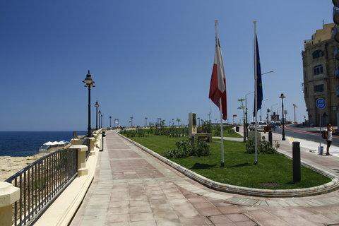 FOTKA - ze synova pobytu na Maltě 13