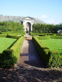 FOTKA - Náchod  -  zámecká zahrada