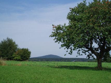 FOTKA - pohled na horu Choustník