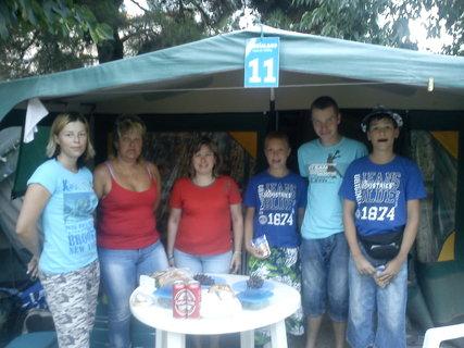 FOTKA - S přáteli před stanem,, kemp BIOGRAD NA MORU