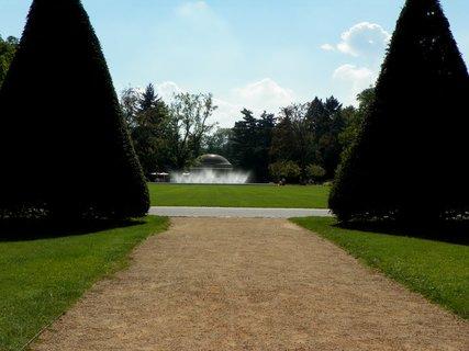 FOTKA - Fontána v lázeňském parku