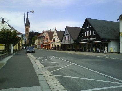 FOTKA - Krkonošská ulice ve Vrchlabí