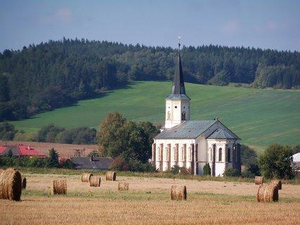 FOTKA - Kostel v Kroun�