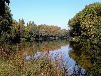 FOTKA - Barvy podzimu se začínají hlásit o slovo