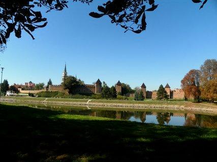 FOTKA - Pohled na Nymburk z kaštanové aleje