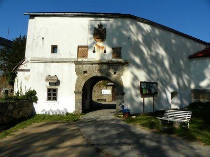 FOTKA - Vstupní brána na hrad Sovinec