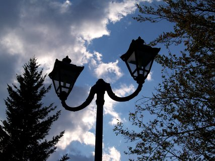 FOTKA - Podvečer v lázeňském městečku