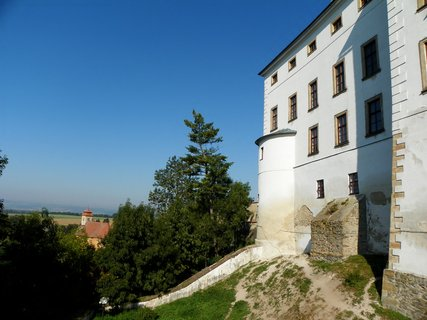 FOTKA - Liechteinštejnové založili na Úsově lovecko- lesnické muzeum