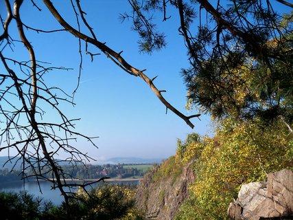 FOTKA - Podzimn� barvy na sk�le