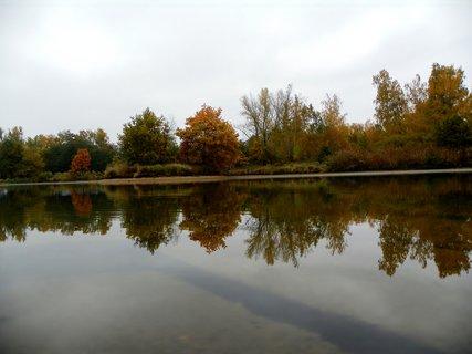 FOTKA - Podzimní zrcdlení