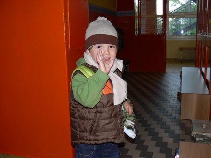FOTKA - poprvé ve školce