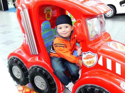 FOTKA - Chtěl bych byt hasičem..:)