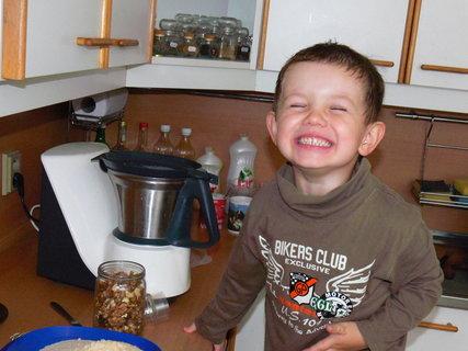 FOTKA - A ted budu dělat koláčky..:)