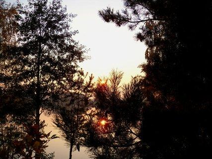 FOTKA - Podzimní sluníčko zapadá moc rychle