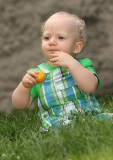 FOTKA - V trávě