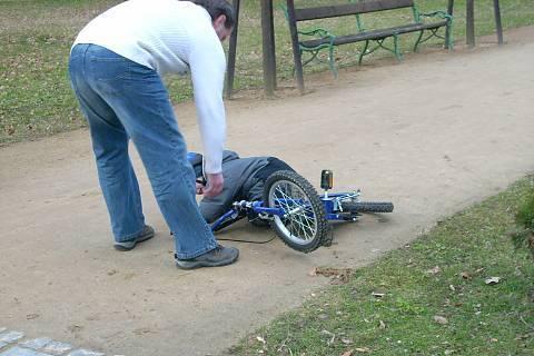 FOTKA - Petříkovo pád z kola