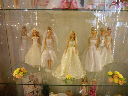 FOTKA - Družičky Barbie
