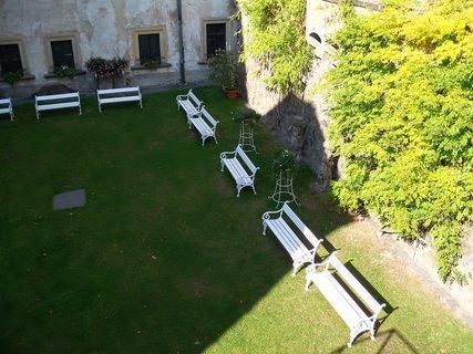 FOTKA - Na hradním nádvoří se pořádají svatby
