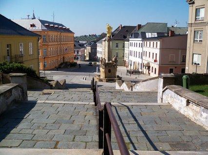 FOTKA - Město Šternberk s morovým sloupem