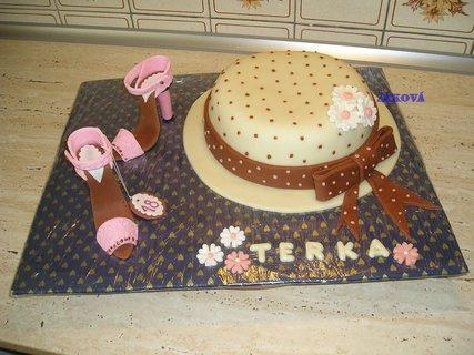 FOTKA - klobouk+střevíčky