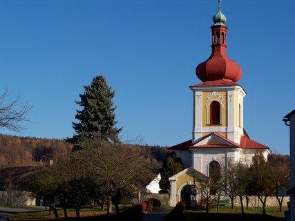 FOTKA - Malebný kostelík v Křivicích